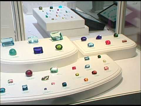 Wedding Anniversary Symbols by Years: Gemstones