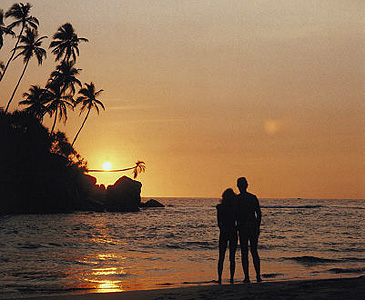 Romantic destinations tropical islands for your romantic for Anniversary destinations in us