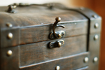 wood-chest-as-5-years-anniversary-gift